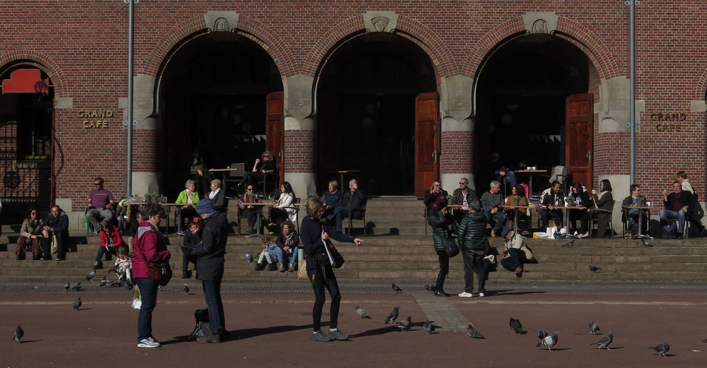 Netherlands-Amsterdam-Street-Scenes-Cafe