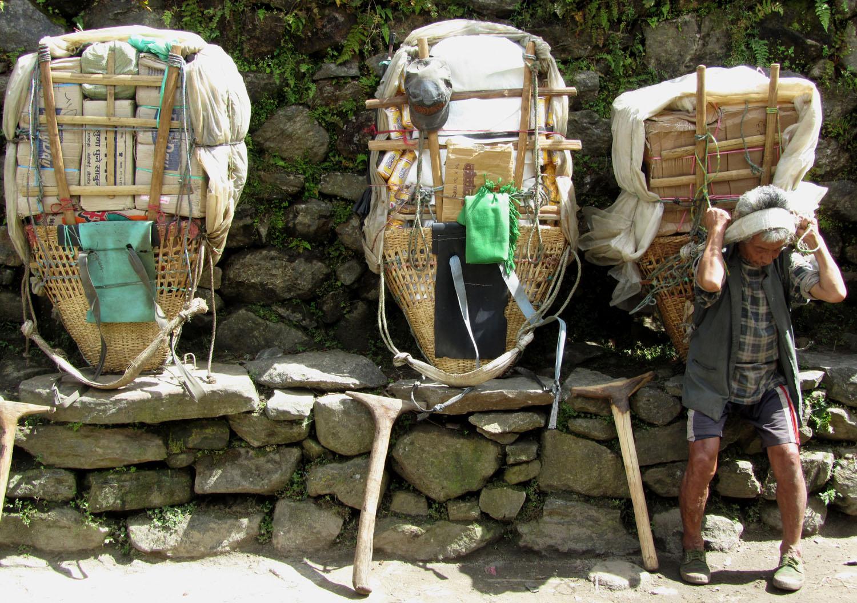 Nepal-Everest-Region-Trek-Day-09-Porters-Rest-Stop