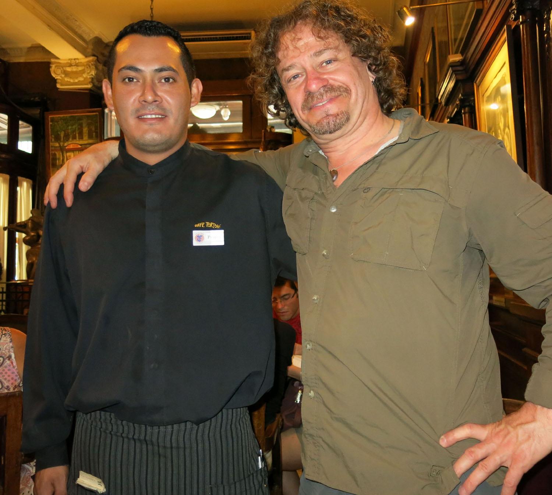 Argentina-Buenos-Aires-Cafe-Tortoni-Franco