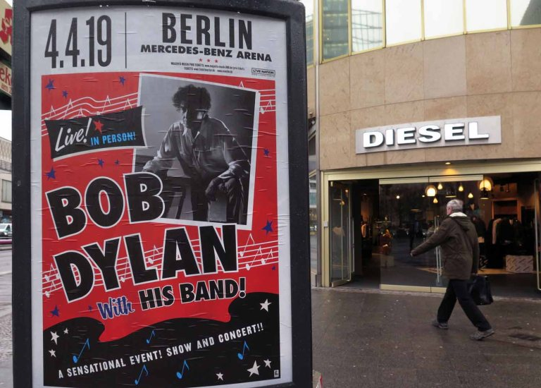 germany-berlin-bob-dylan-concert