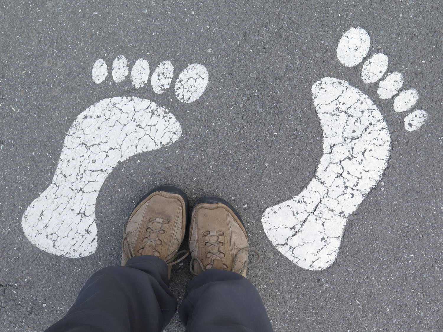 Switzerland-Bernese-Oberland-Murren-Footprints
