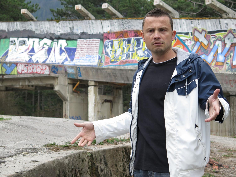 Bosnia-Sarajevo-Siege-Bobsled