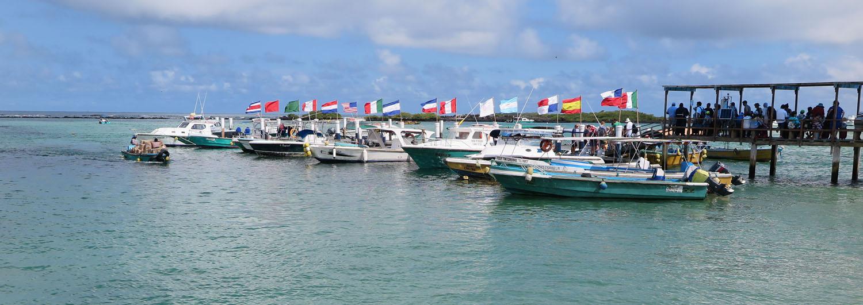 Ecuador-Galapagos-Scenery-Harbor-Floreanna