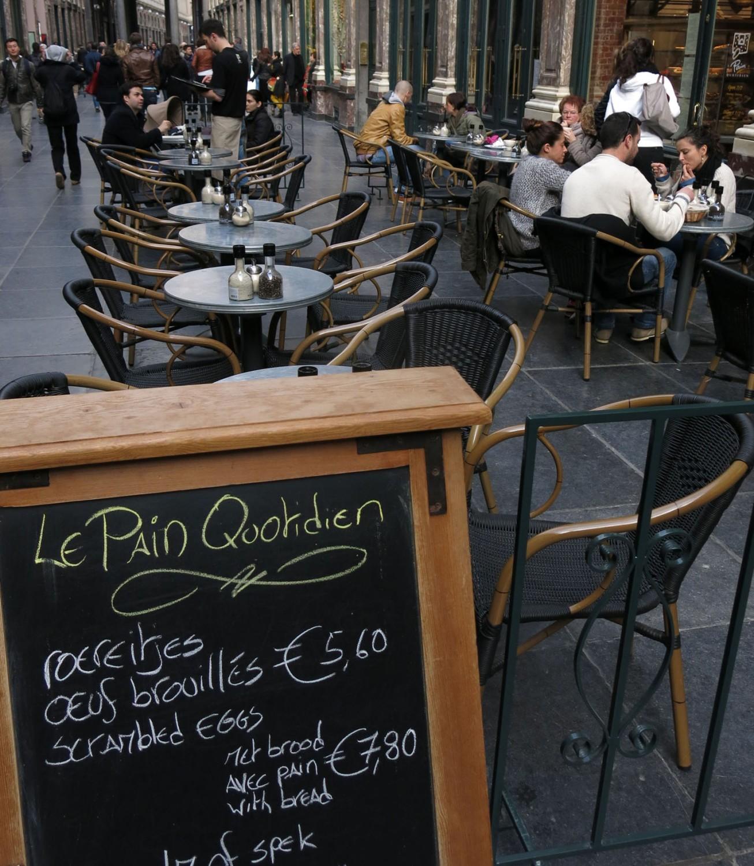 Belgium-Brussels-Cafe