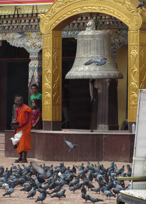Nepal-Kathmandu-Boudhanath-Monk
