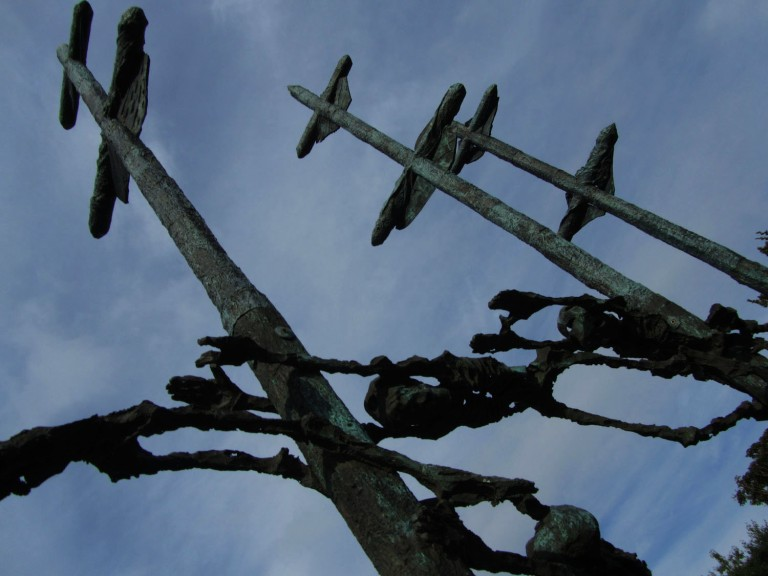 Ireland-Great-Famine-Coffin-Ship-Memorial