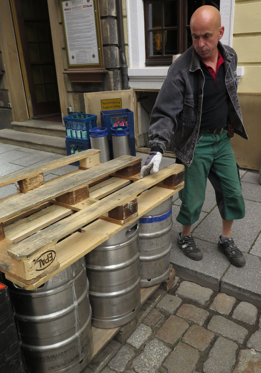 germany-dresden-beer-delivery
