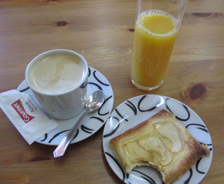 Camino-De-Santiago-Food-And-Drink-Desayuno