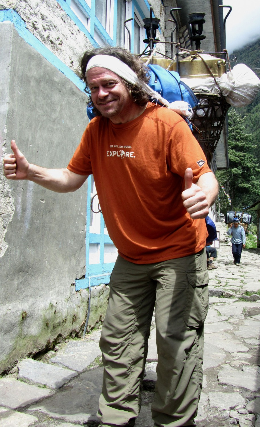 Nepal-Everest-Region-Trek-Day-02-Porter-Wannabe