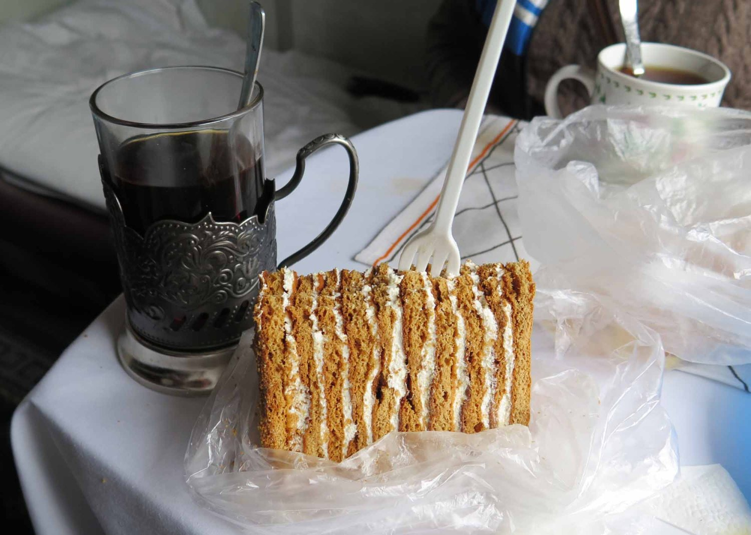 Russia-Trans-Siberian-Railway-Food-And-Drink-Chai-And-Cake