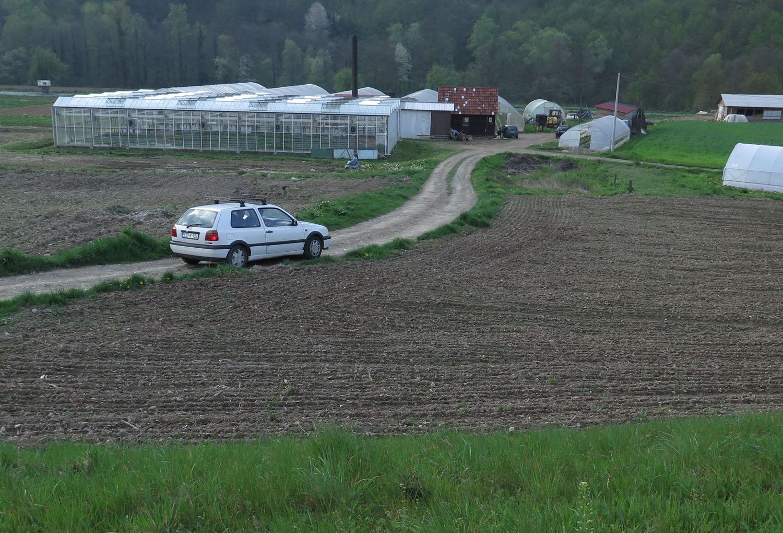 Bosnia-Srebernica-Muslim-Farm