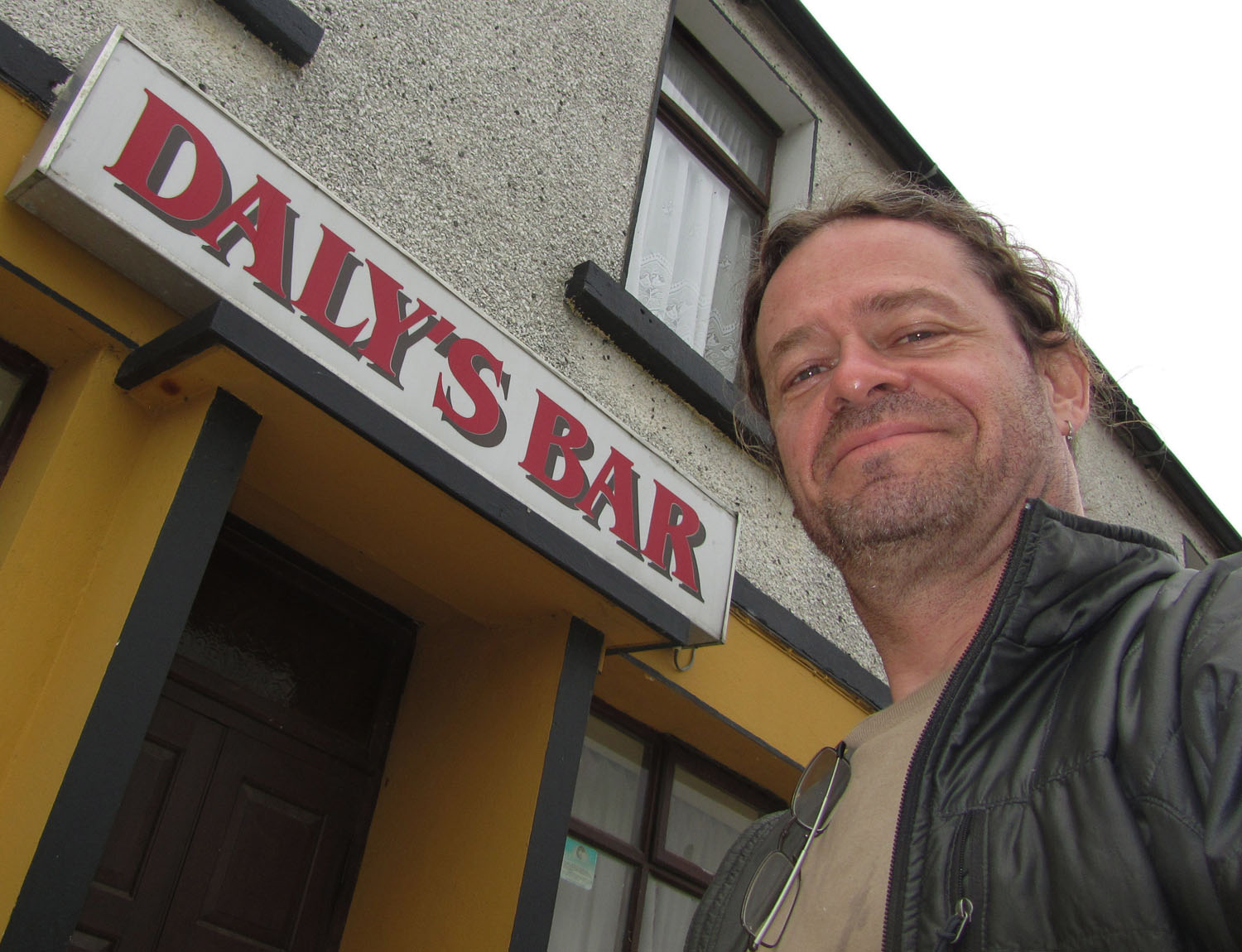 Ireland-Sights-And-Scenery-Quilty-Dalys-Bar