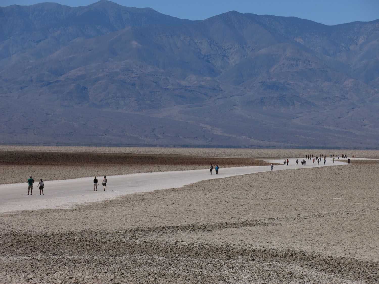 Death-Valley-Badwater-People