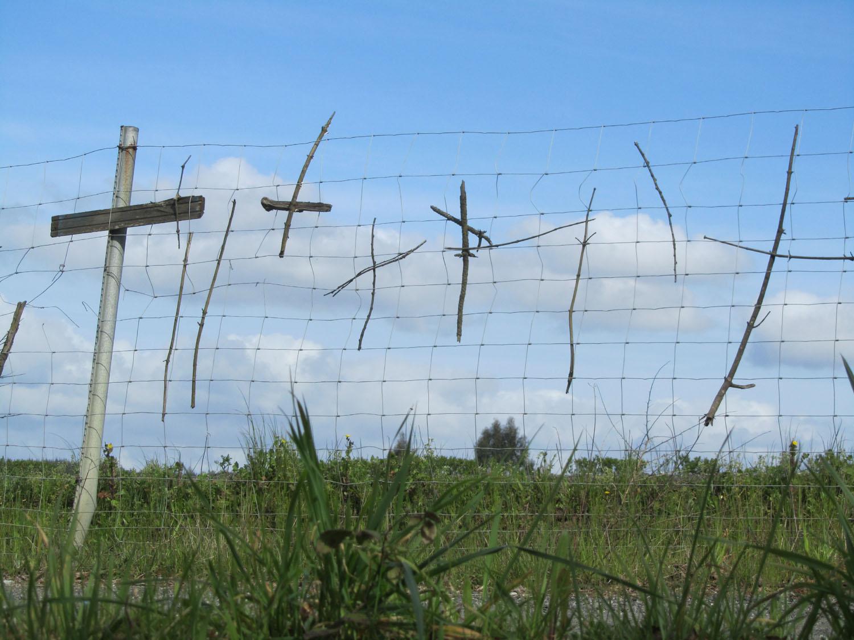 Camino-De-Santiago-Sights-And-Scenery-Crosses