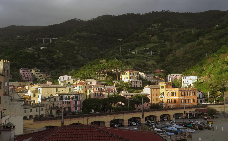 Italy-Cinque-Terre-Monterroso