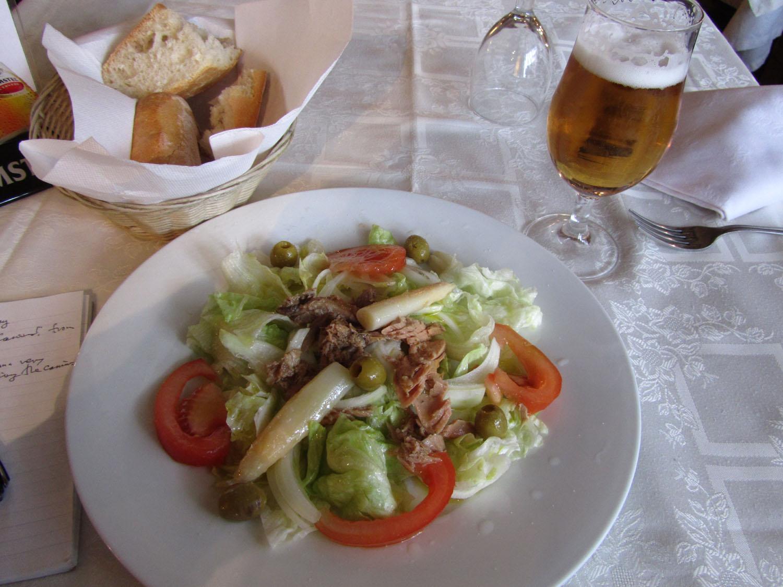 Camino-De-Santiago-Food-And-Drink-Ensalada