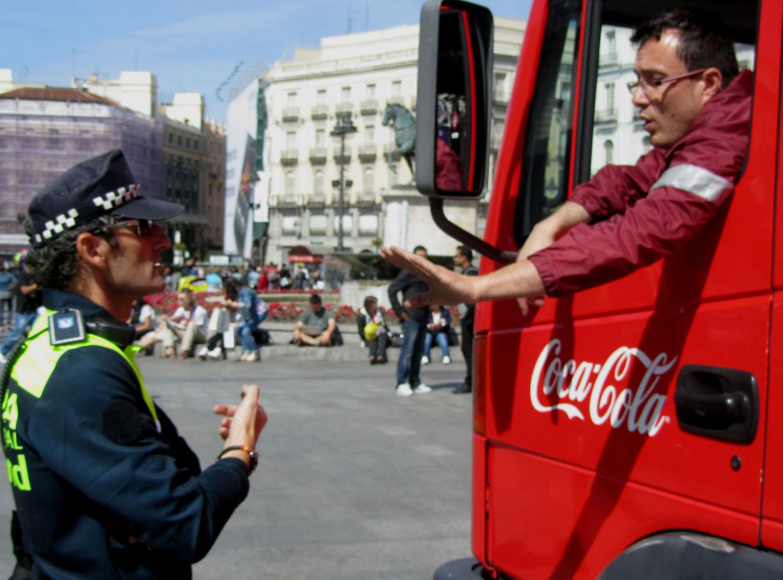 Spain-Madrid-Sol-Police