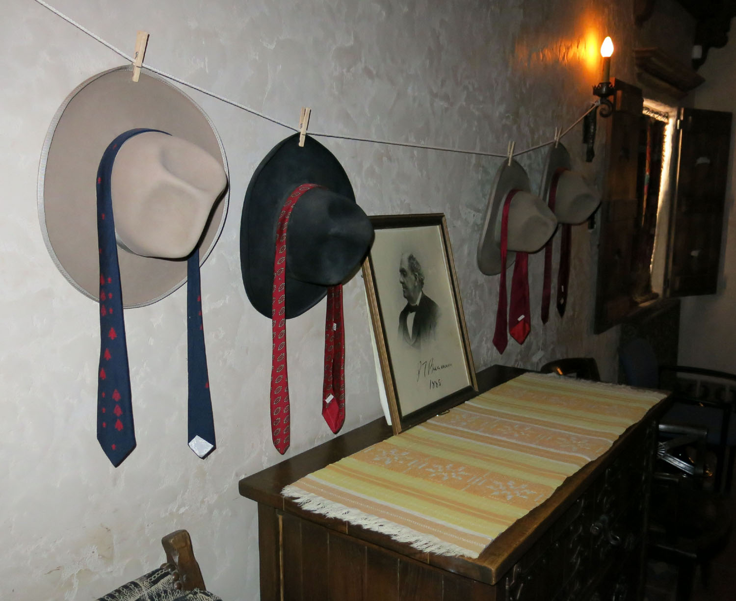 Death-Valley-Scottys-Castle-Scottys-Hats