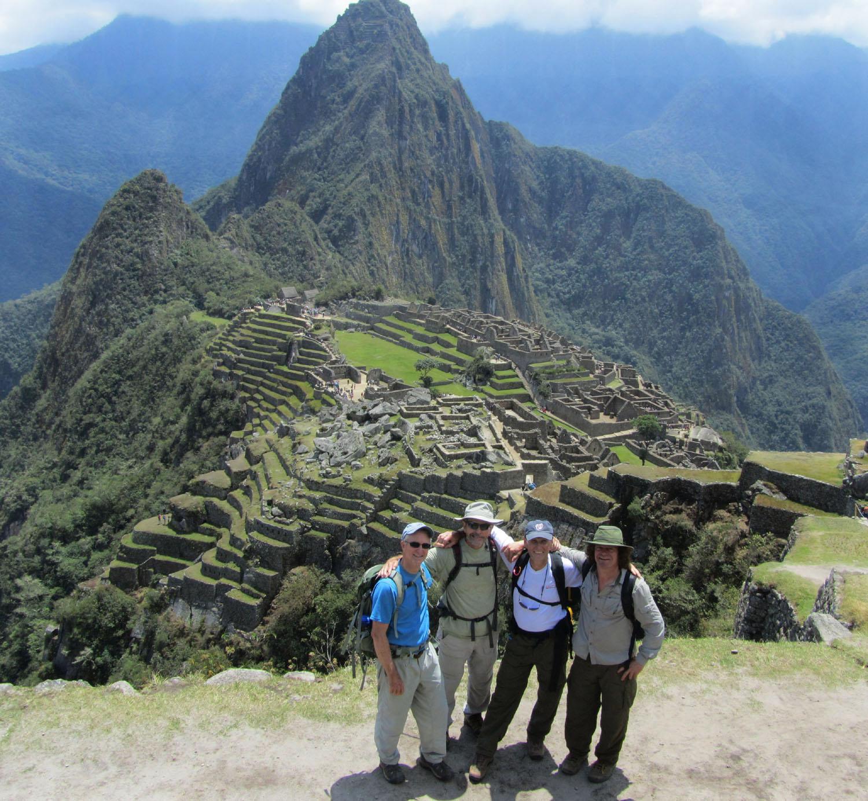 Peru-Machu-Picchu-Cuatro-Amigos